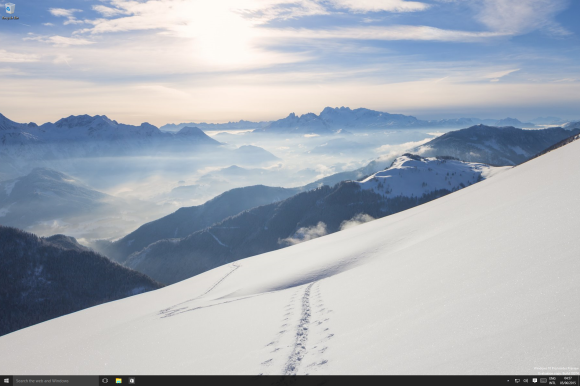 Windows 10-2015-06-05-04-57-04